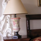 Hanpainted table lamp - [B678091]